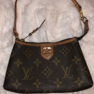 Original Lv mini pochette bag . Used .